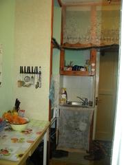 Центр 3из4Пушкина-Колумна18 м вана, туалет, кухня 18000 евро